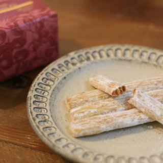 さっくりパイにコクのあるチーズが美味しい!「葦ashiの湘南チーズパイ」