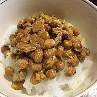 ひと粒、ひと粒がうま味いっぱい!国産大豆100%納豆。