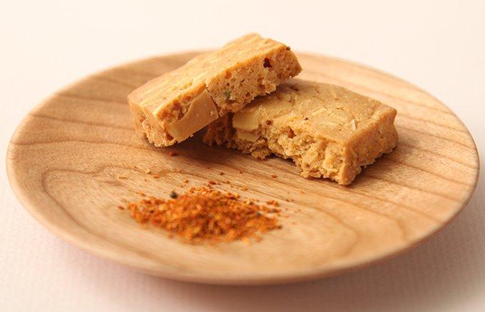 『クッキーなのに七味?!』絶妙なバランスが楽しめる「七味クッキー」