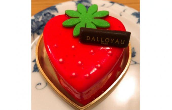 あまおうを贅沢に使った『ダロワイヨ』のイチゴ感たっぷりのムース「ラ フレーズ」