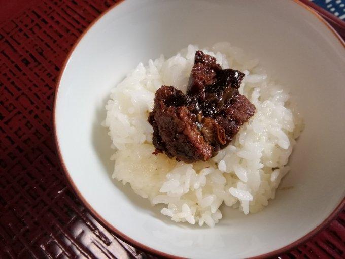 ゴハンのお供に最高!他の料理を忘れるほどの至福を味わえた招福楼の「鰻山椒煮」