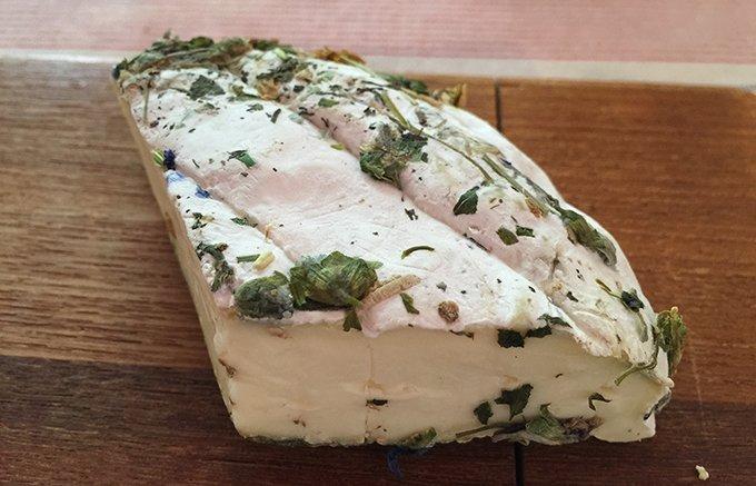 チーズ好き女子必見!スミレの花のチーズ!