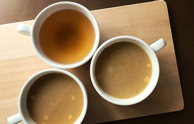 お湯を注ぐだけ!フルーツ玉ねぎをたっぷり使ったオニオンスープは、ほっとする一品