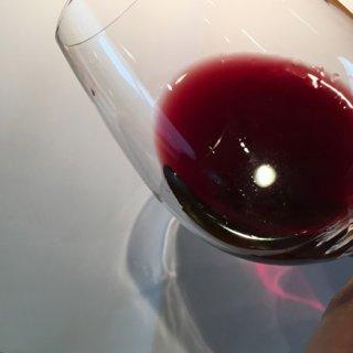 山ぶどう100%「大切な人と大切な時間を過ごしてほしい」ワイン「愛」