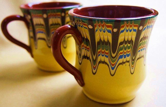 世界に1つしかないデザインのブルガリア陶器「トロヤン焼き」