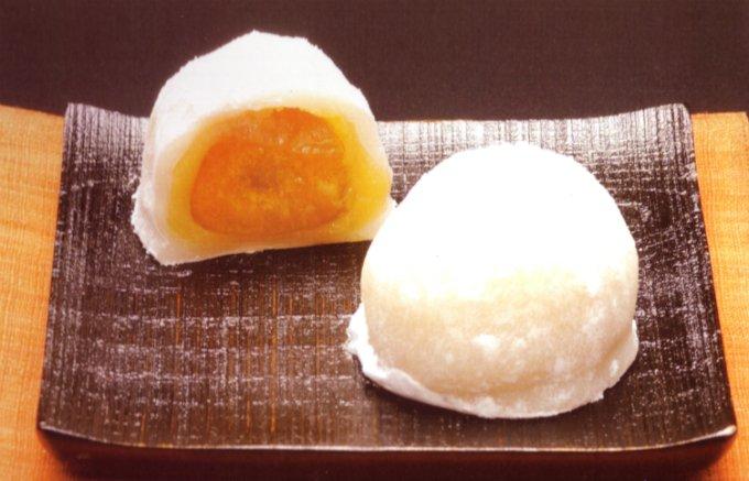 やみつき!福井県産完熟梅「紅映」が丸ごと入ったジューシーで上品な「うめふく餅」