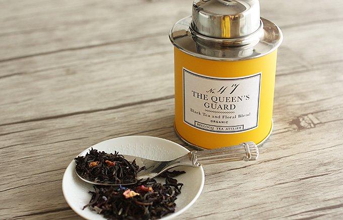 夏に飲みたい水出し紅茶は、気品のあるバラの芳香と優しいラベンダーの香り