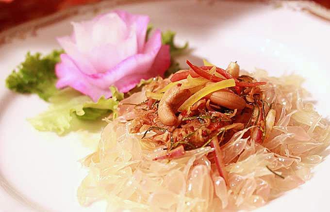 タイの魅力溢れるフルーツ「ソムオー」