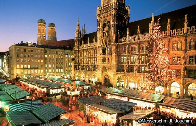 焼き菓子がないと始まらない!ドイツのクリスマス菓子シュトレン