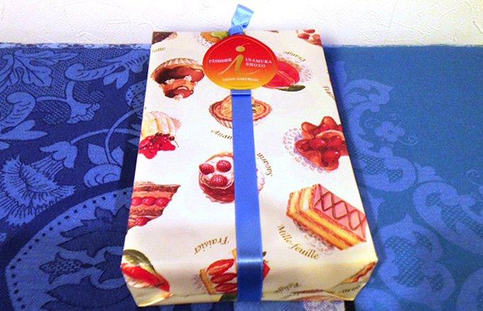 クリスマスの定番菓子 背筋を伸ばして頂きたい正統派の絶品シュトーレン!