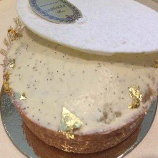 プリン好きにもおススメなラデュレの新作クリームケーキ