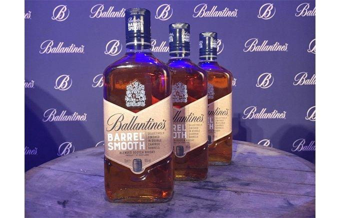 女性にもおすすめ!スコッチの王道『バランタイン』の香り豊かな「バレルスムース」