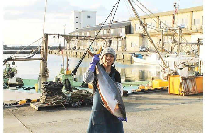 熟練の技で魚津に受け継ぐ、天然ブリの極上の旨み
