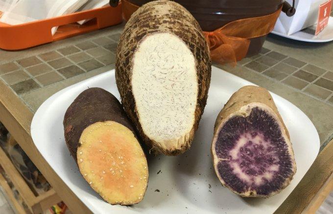 カラフルでバリッとした食感に魅了!ハワイ産タロイモ&スイートポテトチップス