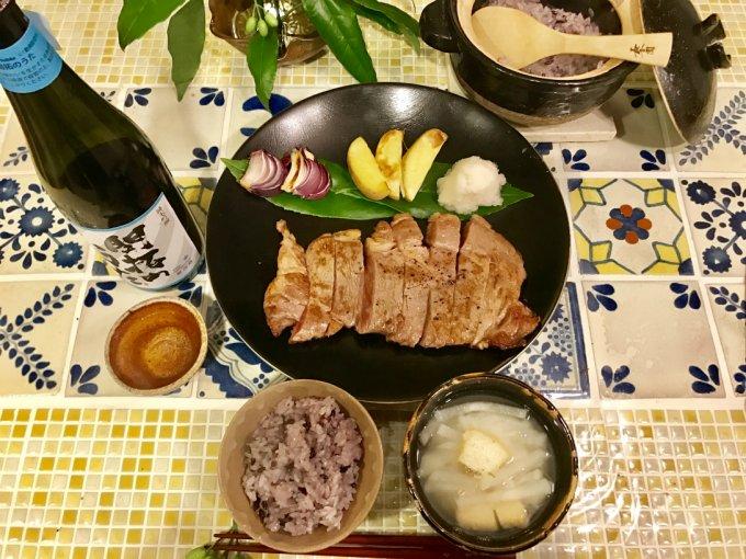 脂が甘くてとろけるのにサラサラ!牛肉の味は脂で決まる。超絶の味、福島牛