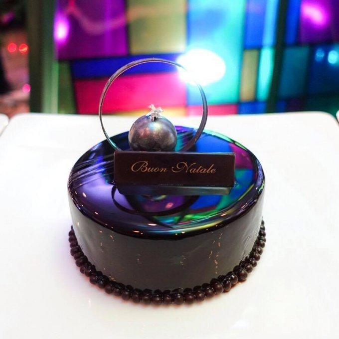 男性必見!見た目も味も絶対はずさない、ラグジュアリーなホテルのクリスマスケーキ
