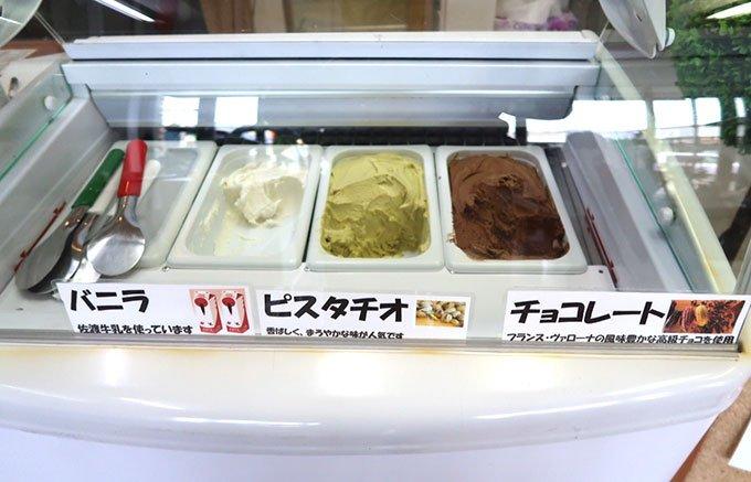 賞味期限わずか30分!外はカリカリ、中はしっとりKikiの「シュークリーム」