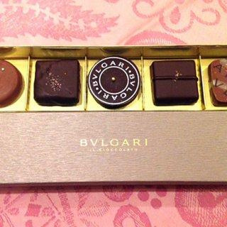 わお!胸がときめく贈り物!ブルガリの宝石のようなチョコレート・ジェムズ
