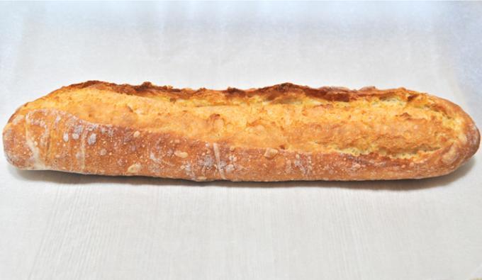 パンを食べることはイメージを受け渡されることである。