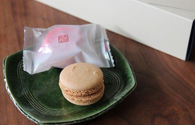 これぞ和と洋の融合!栃木「高林堂」のお餅の入ったもっちり和マカロン!