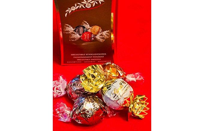 魅惑の口どけ!リンツの愛されチョコレート「リンドール」