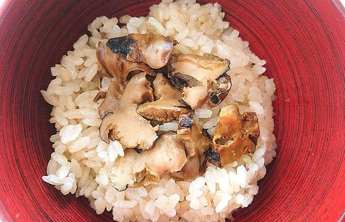 隠岐の島の日常食、サザエをたっぷりと!「さざえ漁師煮(醤油風味)」