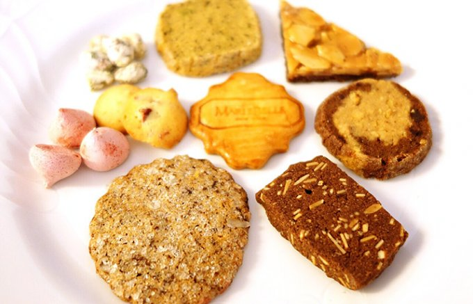チョコレートの「マリベル」にリュクスなクッキー缶登場!