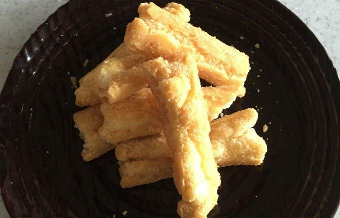 ピリッと効いた塩が決め手!しょっぱさが旨さと言っても過言ではない塩のお菓子