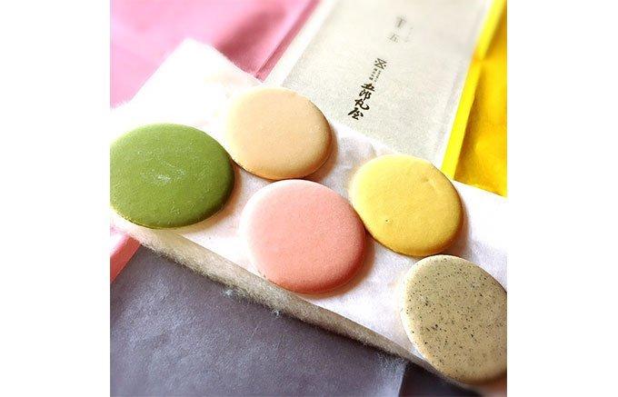 外国人に教えて!日本のお土産にして欲しい軽くて日持ちするおしゃれな干菓子7選