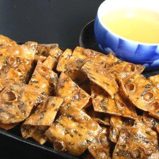 今や入手困難な秋田を代表する銘菓!サクサクの食感がたまらない「あつみのかりん糖」
