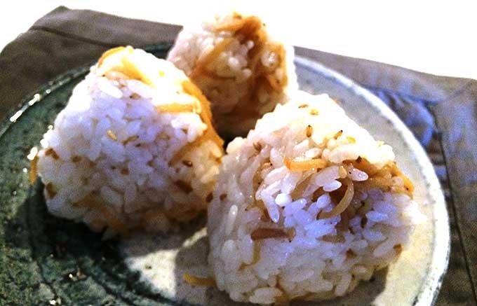 焼きあごだし×生姜の風味が絶品のご飯の友!「茅乃舎の生姜」