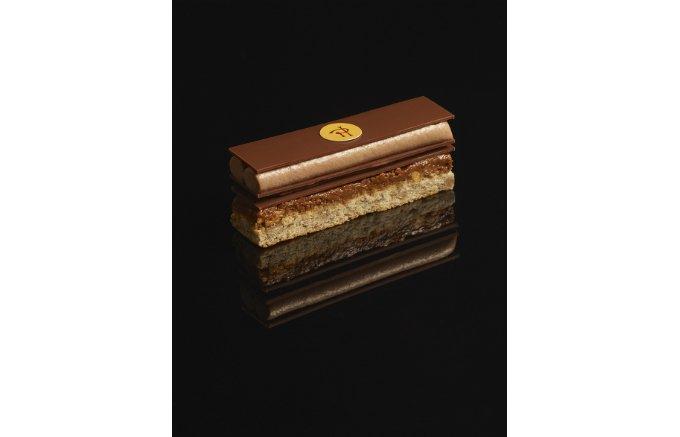 ピエール・エルメ・パリでしか味わえない!見た目も美味しさも兼ね備えたお菓子