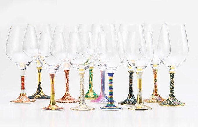 お正月にぴったり。雅な九谷焼の鏑木ワイングラス