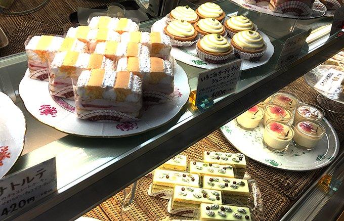 新百合ヶ丘で行列のできるオーストリア菓子の老舗「リリエンベルグ」の焼き菓子セット