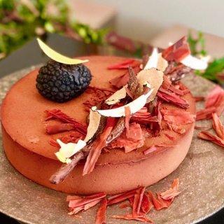 100個限定!!令和初の聖夜にふさわしい極上クリスマスケーキ