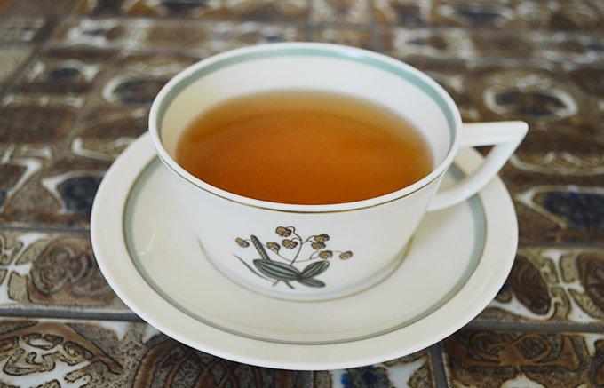 スワロフスキー社とのコラボで12星座をモチーフにした限定販売の高級紅茶