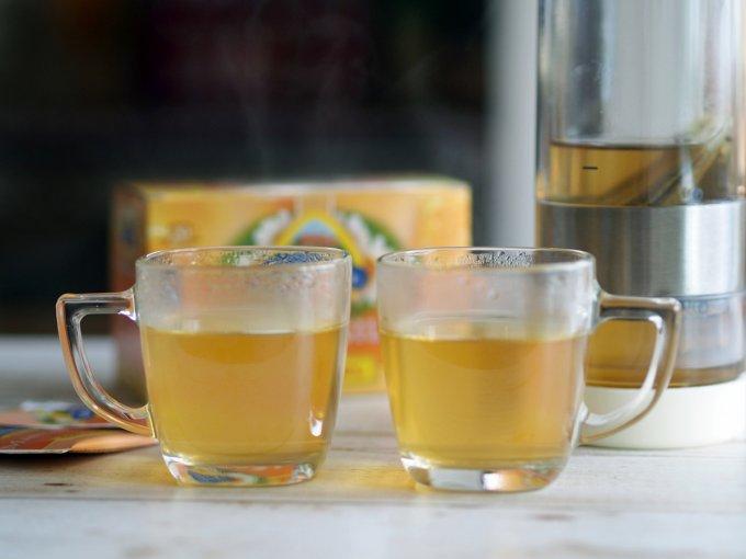 スペインで人気の魔法のお茶「マンサニージャ・コン・ミエル」