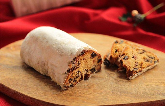 不思議と美味い!クリスマスが待ち遠しくなる伝統菓子シュトーレンとベラベッカ
