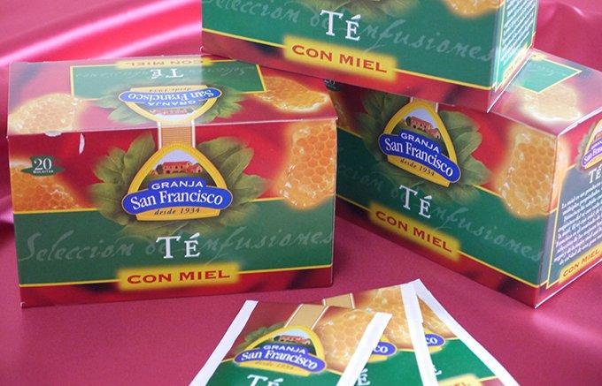 お湯を注いですぐ蜂蜜の甘い香り!「テ・コンミエル」のはちみつ入りスペインティー