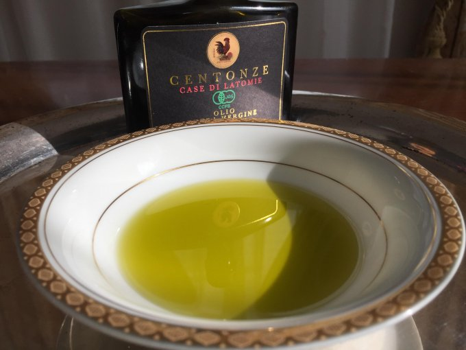 モナコ王室御用達 シチリア産オリーブを使った『チェントンツェ』のオリーブオイル