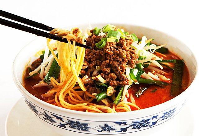 ジメジメした季節に嬉しい!横浜中華街の「本格四川坦坦麺」をたった3分で再現!