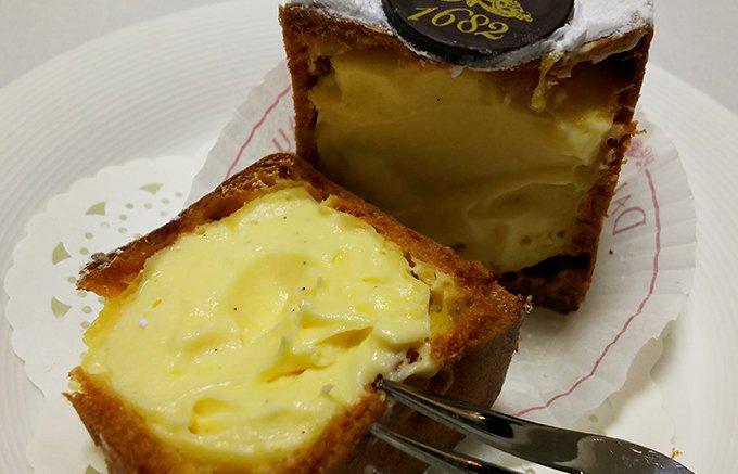 パリで生まれた四角いシュークリーム。姿も美しいダロワイヨのシューキュービック