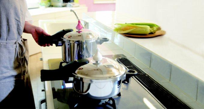 もはや料理と呼べない程に時短で出来る、圧力鍋!