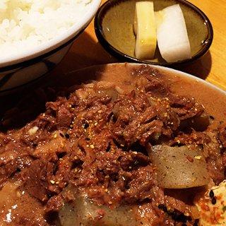 東京駒沢の行列のできる「煮込み専門店」かっぱの名物煮込みをテイクアウト