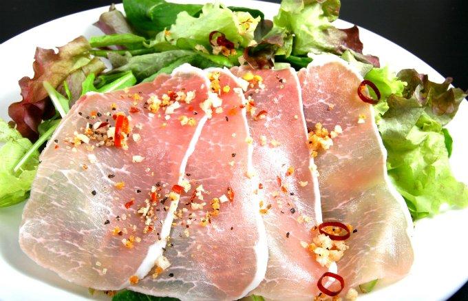 焼肉もサラダも簡単に美味に!宮崎『にとん屋』の「焼肉ザパンチ」