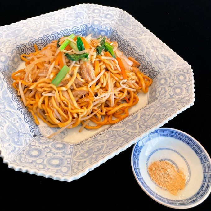【中毒飯】歴代タイトル総なめ!もちもち新食感がたまらない、魅惑の白海老ラーメン!