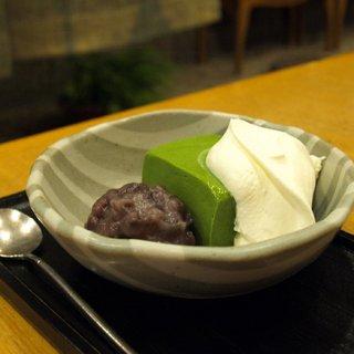 抹茶スイーツの真骨頂!上品な苦味と甘みを兼ね備えた神楽坂紀の善の「抹茶ババロア」