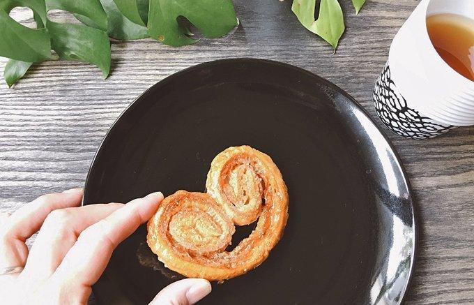 大人がハマるシンプルなおいしさ!お酒とも楽しめるザクザク菓子パイ