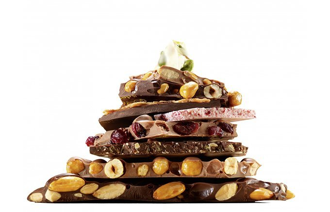 アーモンド?マカダミア?夏でも手が止まらない魅惑のナッツチョコレート