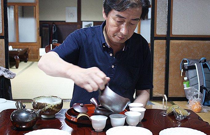 標高600mの山で作る、お茶の千代乃園の「雪ふる山のおそぶき茶」